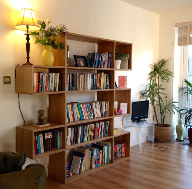 POST_01 Shelves in Situ