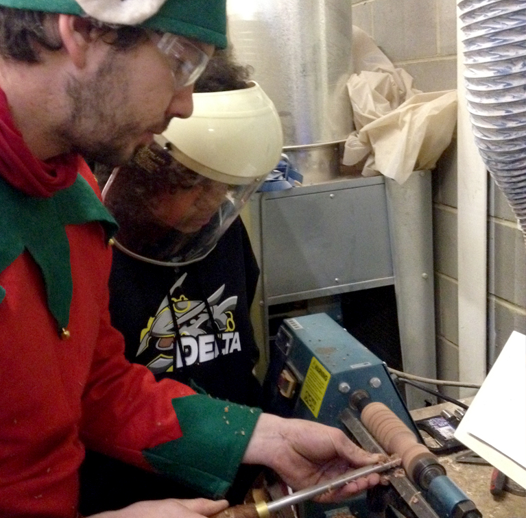 POST_Elves at work
