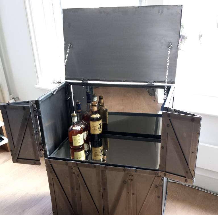 POST_Drinks Cabinet_01