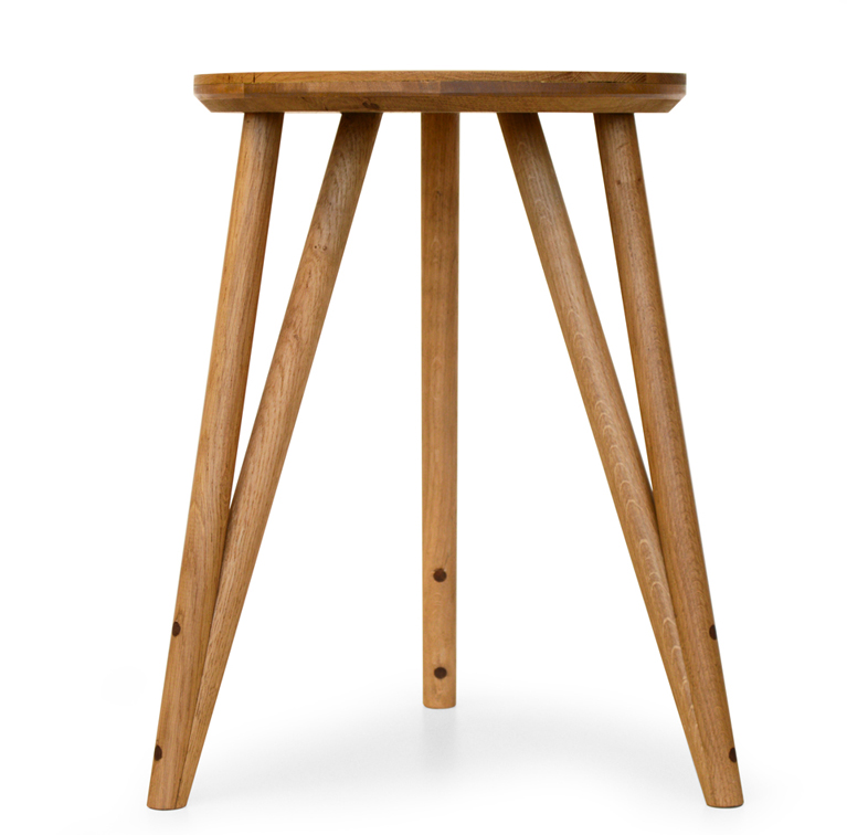 POST 1_Wedge Stool